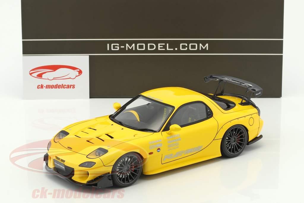 Mazda RX-7 (FD3S) RE Amemiya gelb 1:18 Ignition Model