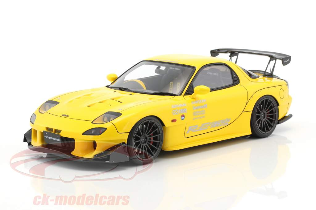 Mazda RX-7 (FD3S) RE Amemiya yellow 1:18 Ignition Model