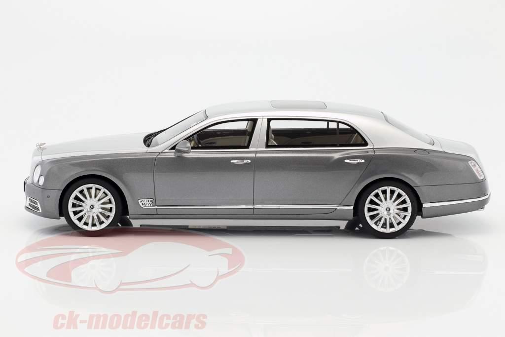 Bentley Mulsanne EWB année de construction 2016 gris foncé / argent 1:18 GT-Spirit