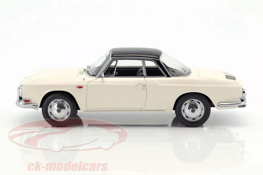Volkswagen VW Karmann Ghia T34 year 1961 white / black 1:18 BoS-Models