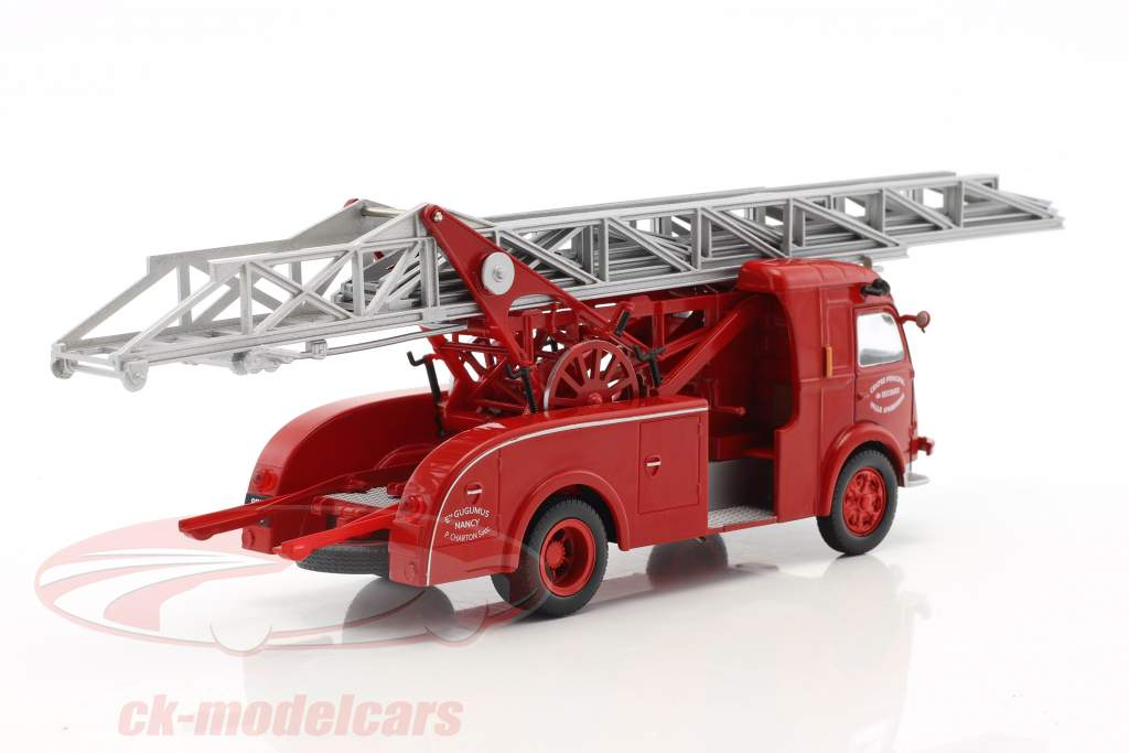 Renault Galion 2T5 Ville d'Auxerre Fire Truck with ladder Construction year 1960 red 1:43 Atlas