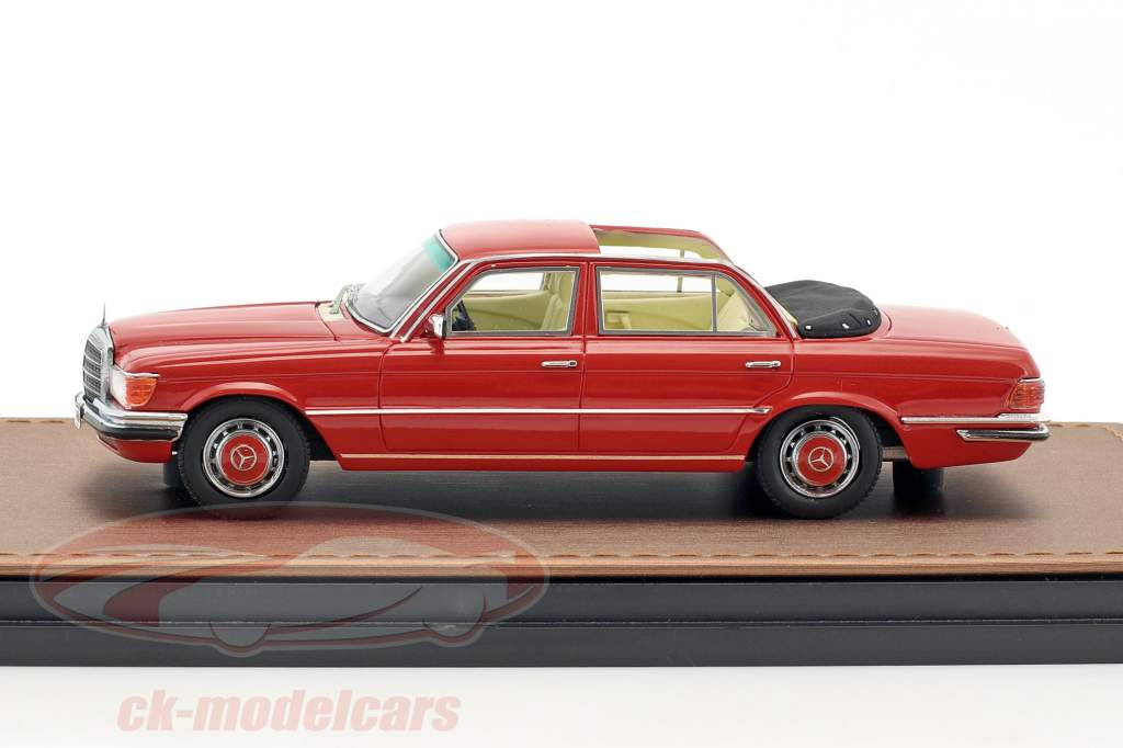 Mercedes-Benz 208 SEL W116 Landaulet year 1973-1979 red 1:43 GLM