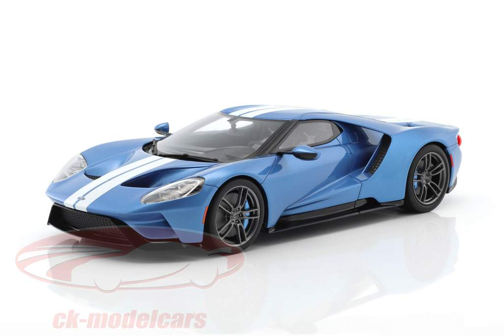 ... Ford GT MY17 Light Blue Metallic / White 1:18 GT Spirit ...