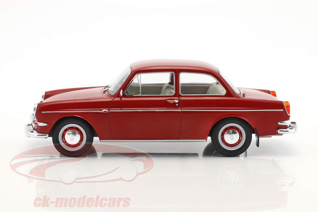 Volkswagen VW 1500 S (Typ 3) year 1963 red 1:18 Model Car Group