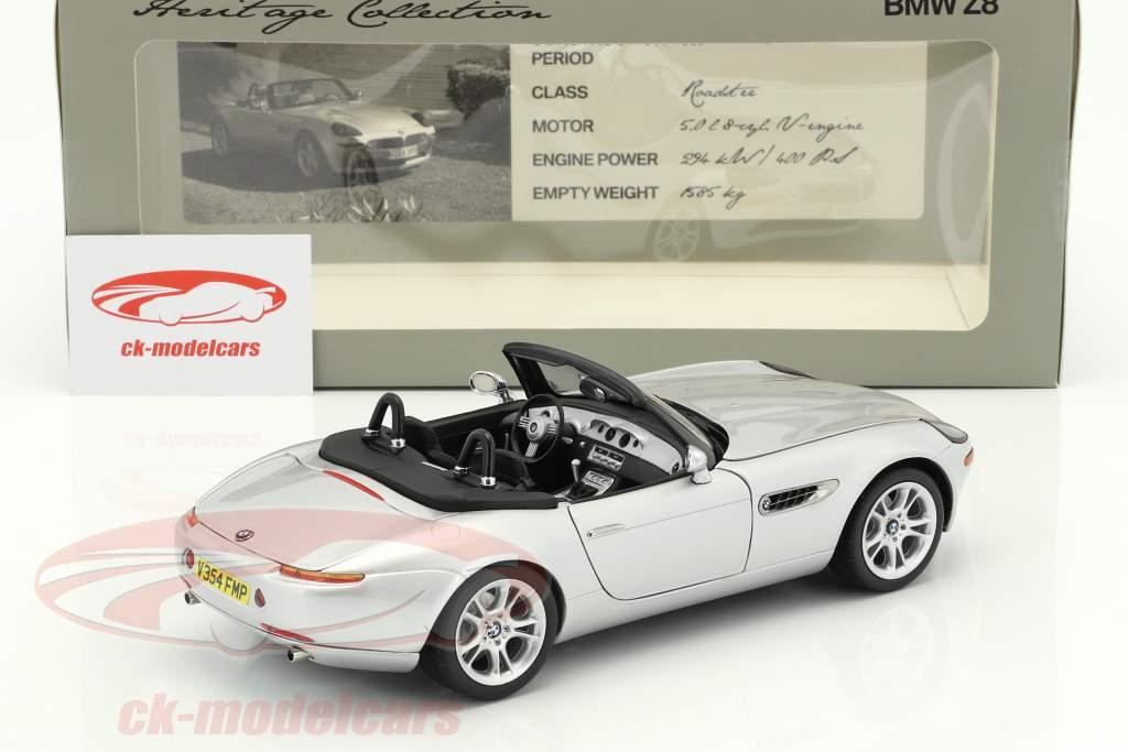 BMW Z8 Roadster Heritage Collection anno di costruzione 1999-2003 argento 1:18 Kyosho