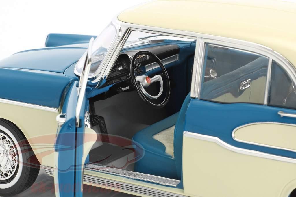 Simca Vedette Chambord Baujahr 1960 tropic grün / china elfenbein 1:18 Norev