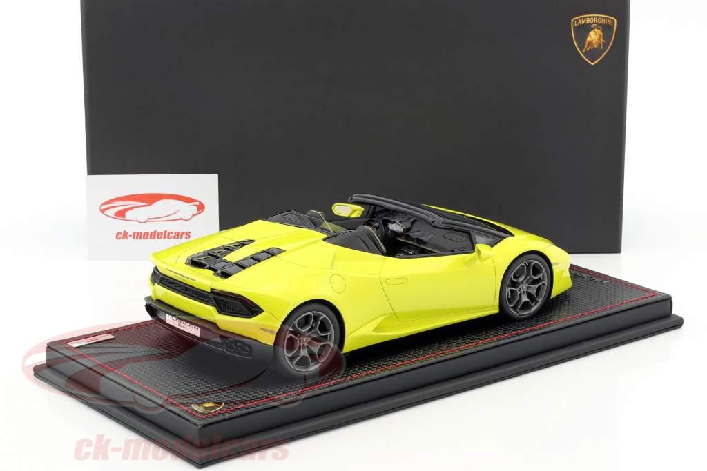 Lamborghini Huracan LP580-2 RWD Spyder year 2016 yellow with Showcase 1:18 MR Models