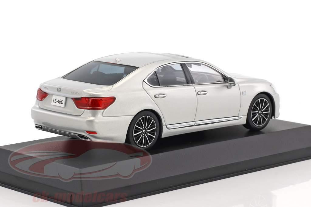 Lexus LS 460 F Sport argento 1:43 Kyosho