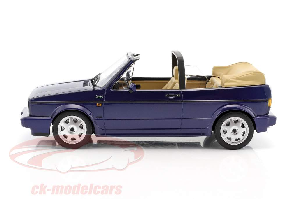 Volkswagen VW Golf Cabriolet year 1992 dark blue metallic 1:18 Norev