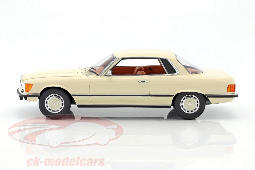 Mercedes-Benz 350 SLC (W107) year 1973 white 1:18 Cult Scale