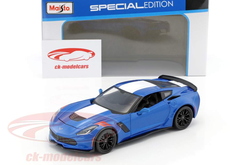 Chevrolet Corvette Grand Sport year 2017 blue / white 1:24 Maisto