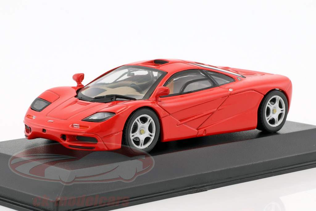McLaren F1 roadcar red 1:43 Minichamps