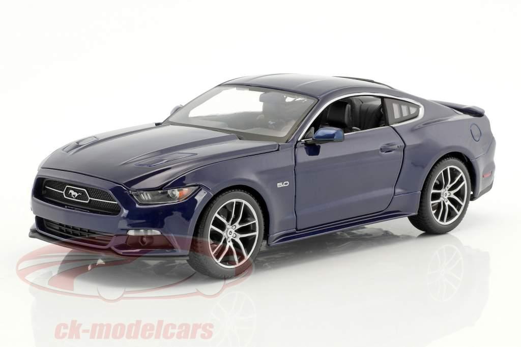 Ford Mustang GT year 2015 dark blue 1:18 Maisto
