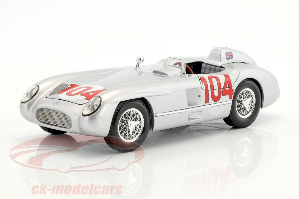 Mercedes-Benz 300 SLR #104 gagnant Targa Florio 1955 Moss, Collins 1:18 Maisto