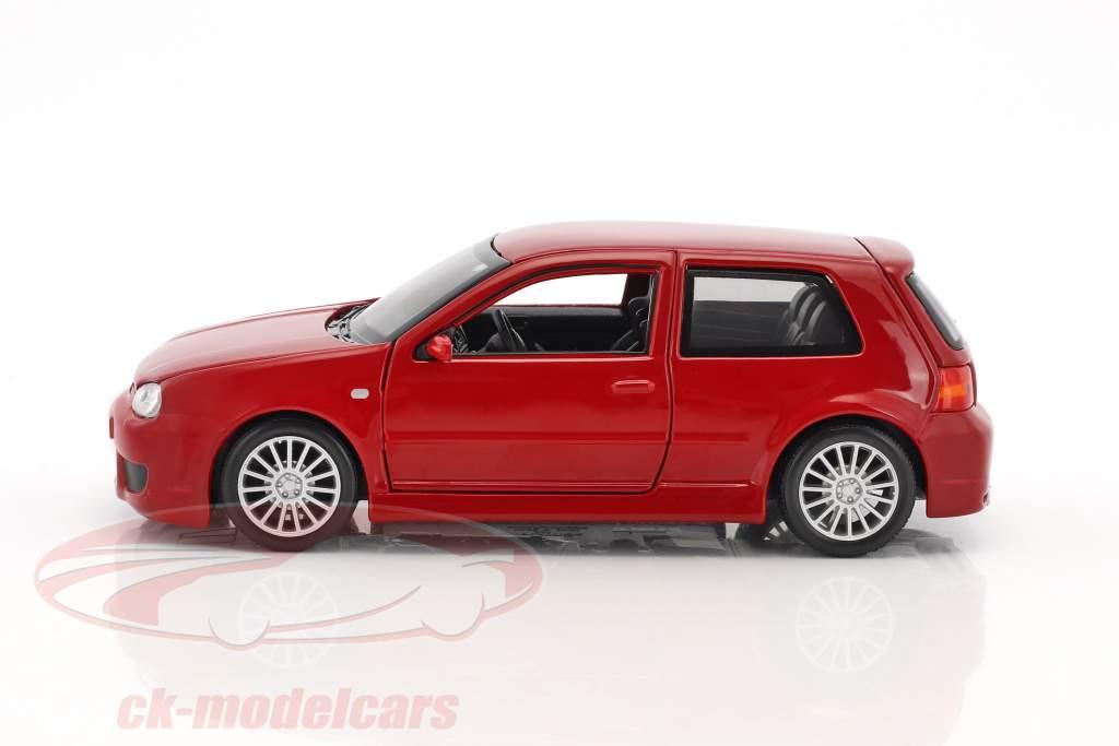 Volkswagen VW Golf IV R32 red 1:24 Maisto