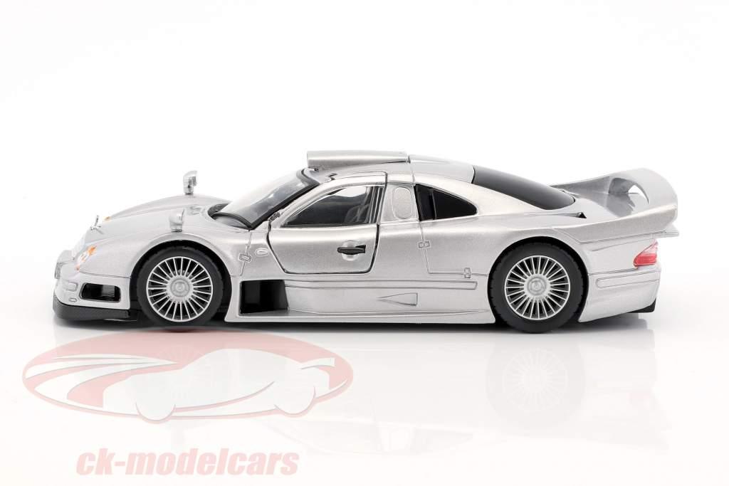 Mercedes-Benz CLK GTR rue version argent 1:24 Maisto
