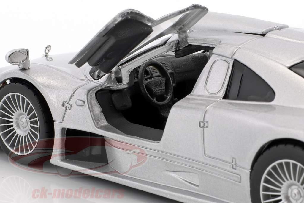 Mercedes-Benz CLK GTR Street version silver 1:24 Maisto