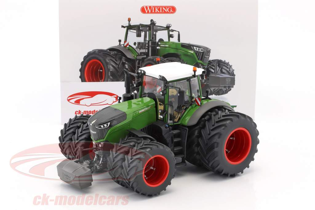 Fendt 1050 Vario tractor with dual tires green / black 1:32 Wiking