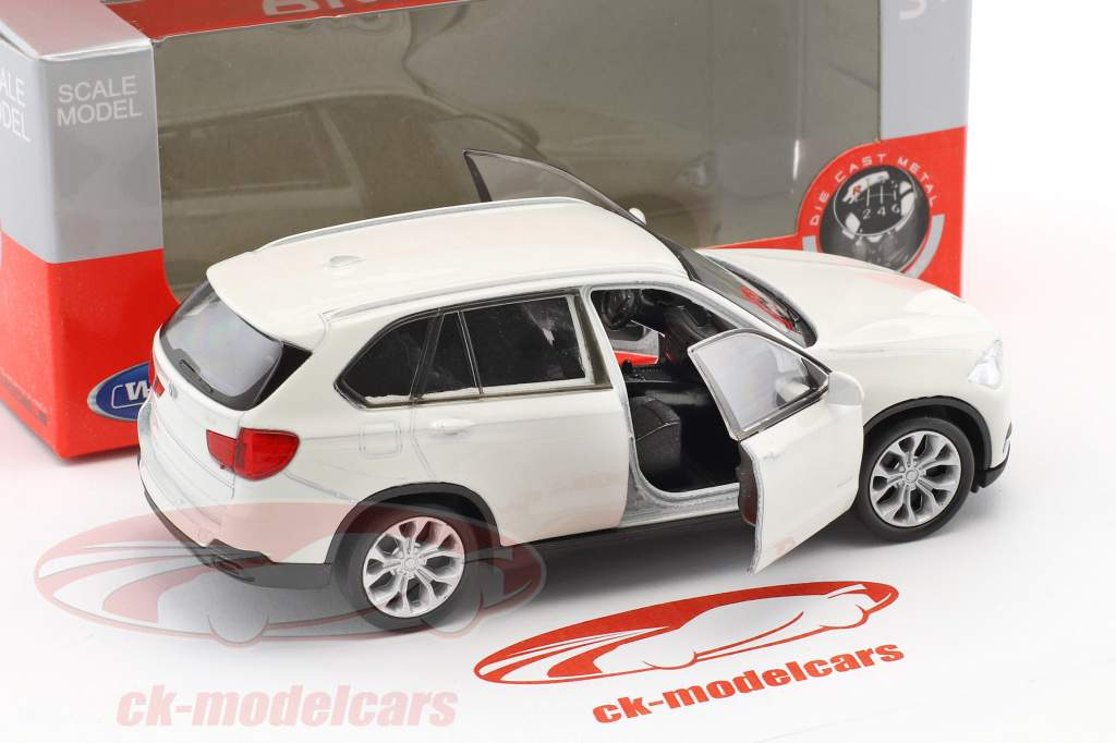 BMW X5 year 2015 white 1:32 Welly