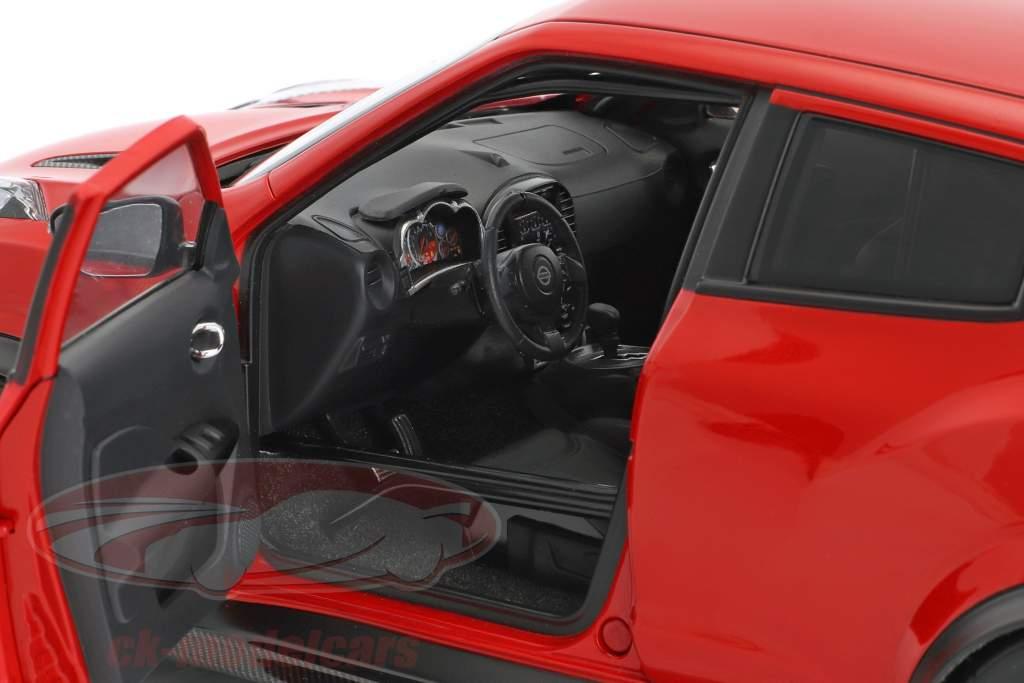 Nissan Juke R 2.0 anno di costruzione 2016 rosso 1:18 AUTOart
