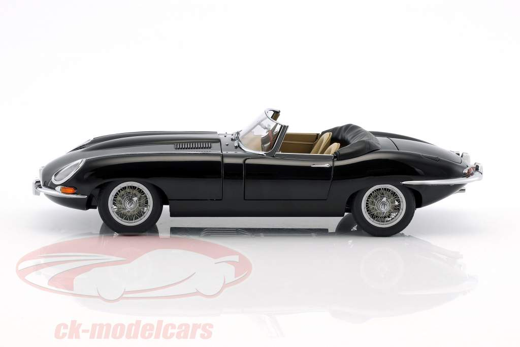 Jaguar E-Type Roadster Series I 3.8 year 1961 black 1:18 AUTOart