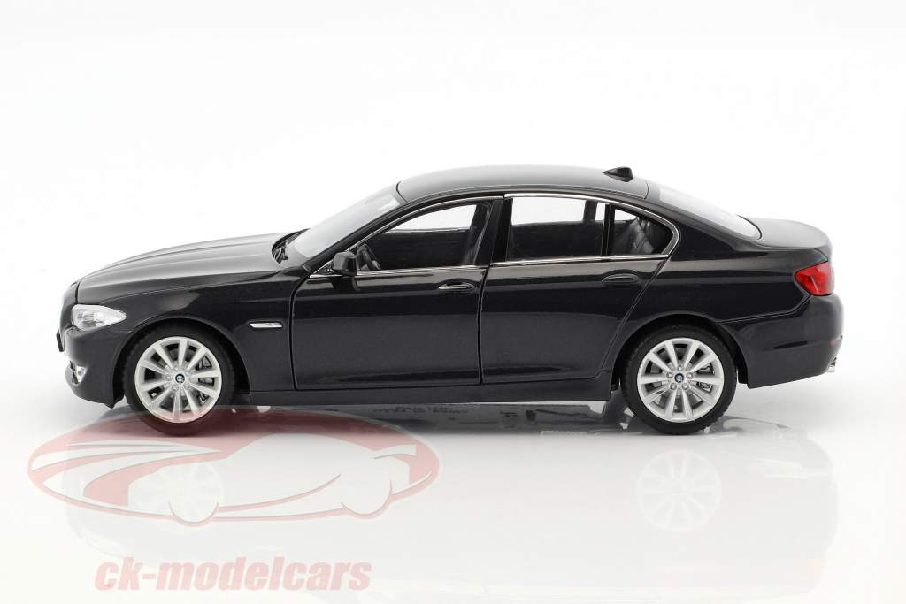 BMW 535i year 2010 black metallic 1:24 Welly