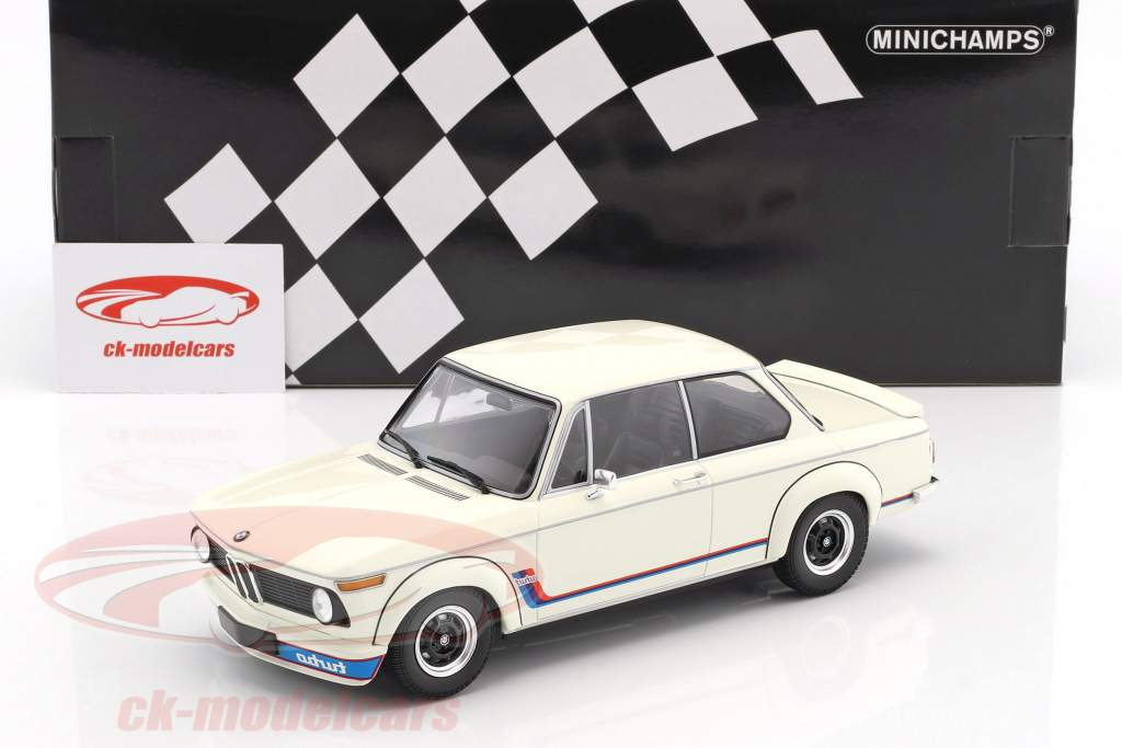 BMW 2002 Turbo year 1973 white 1:18 Minichamps