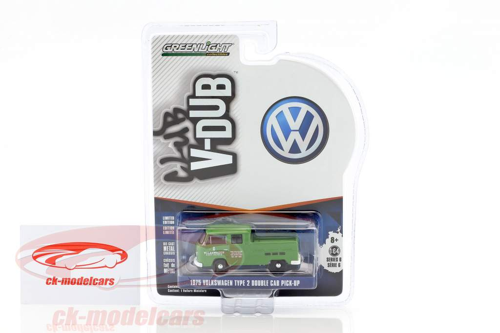 Volkswagen VW T2 double cabin Pick up year 1975 green 1:64 Greenlight