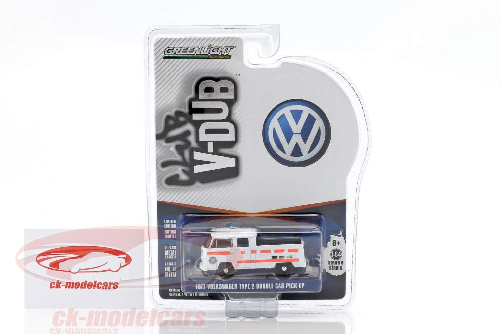 Volkswagen VW T2 double cabin Pick up police year 1975 white 1:64 Greenlight