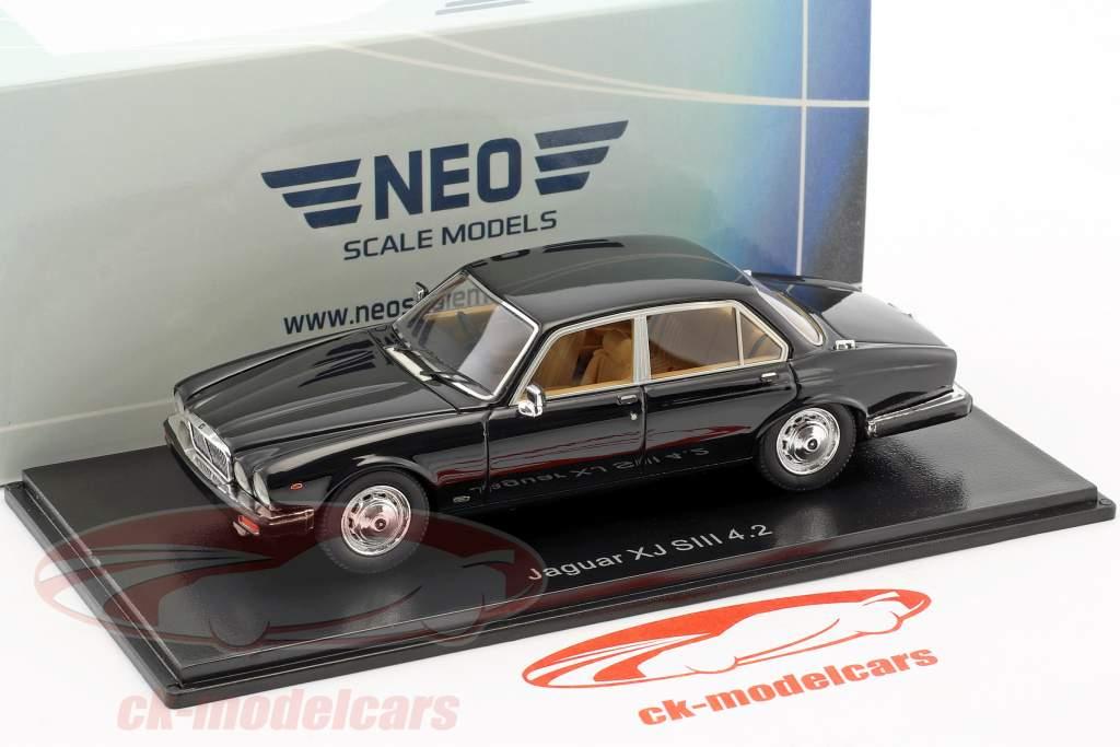 Jaguar XJ Series III 4.2 RHD schwarz 1:43 Neo