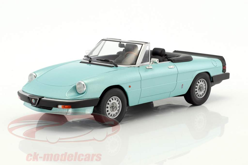 Alfa Romeo Spider 3 Serie 1 with removable softtop year 1983 turquoise 1:18 KK-Scale