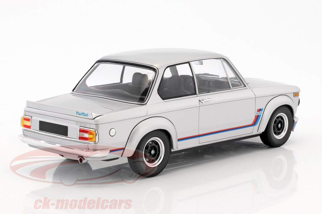 BMW 2002 Turbo year 1973 silver 1:18 Minichamps
