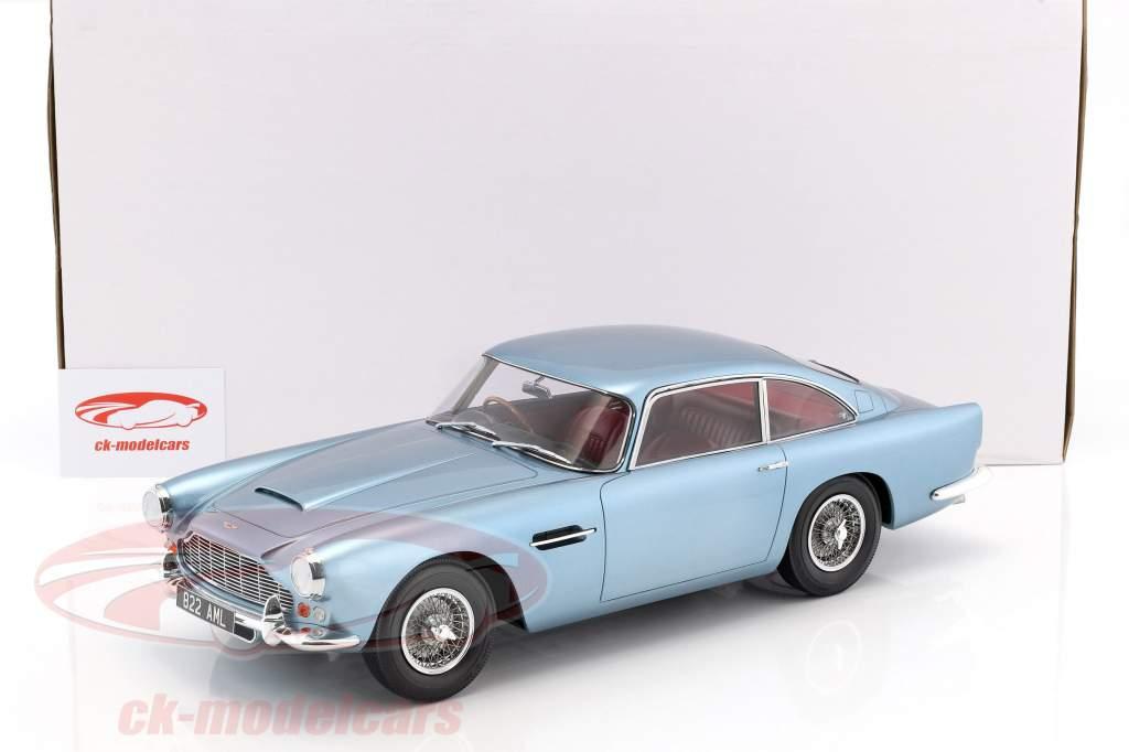 Aston Martin DB4 DHC anno di costruzione 1964 azzurro metallico 1:12 Matrix