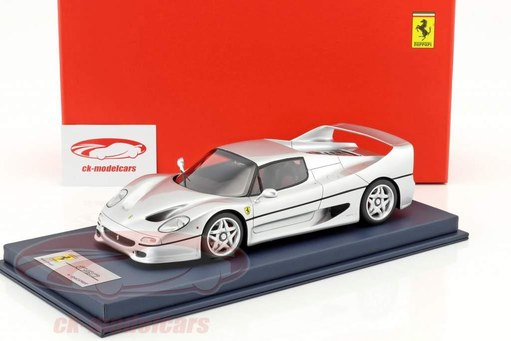 Ferrari F50 Baujahr 1995 silber 1:18 LookSmart