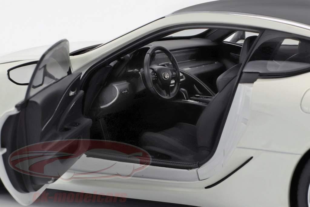 Lexus LC 500 year 2018 white 1:18 AUTOart