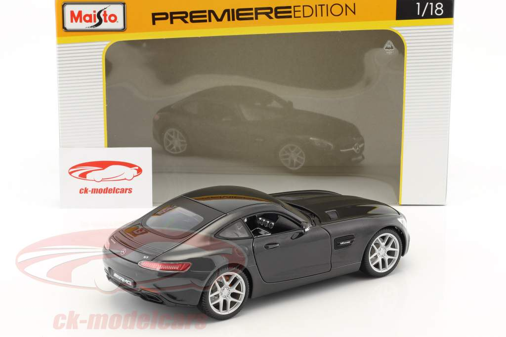 Mercedes-Benz AMG GT black 1:18 Maisto
