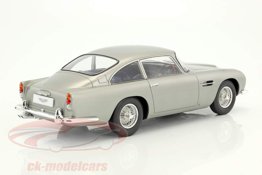 Aston Martin DB5 anno di costruzione 1964 argento 1:12 GT-Spirit