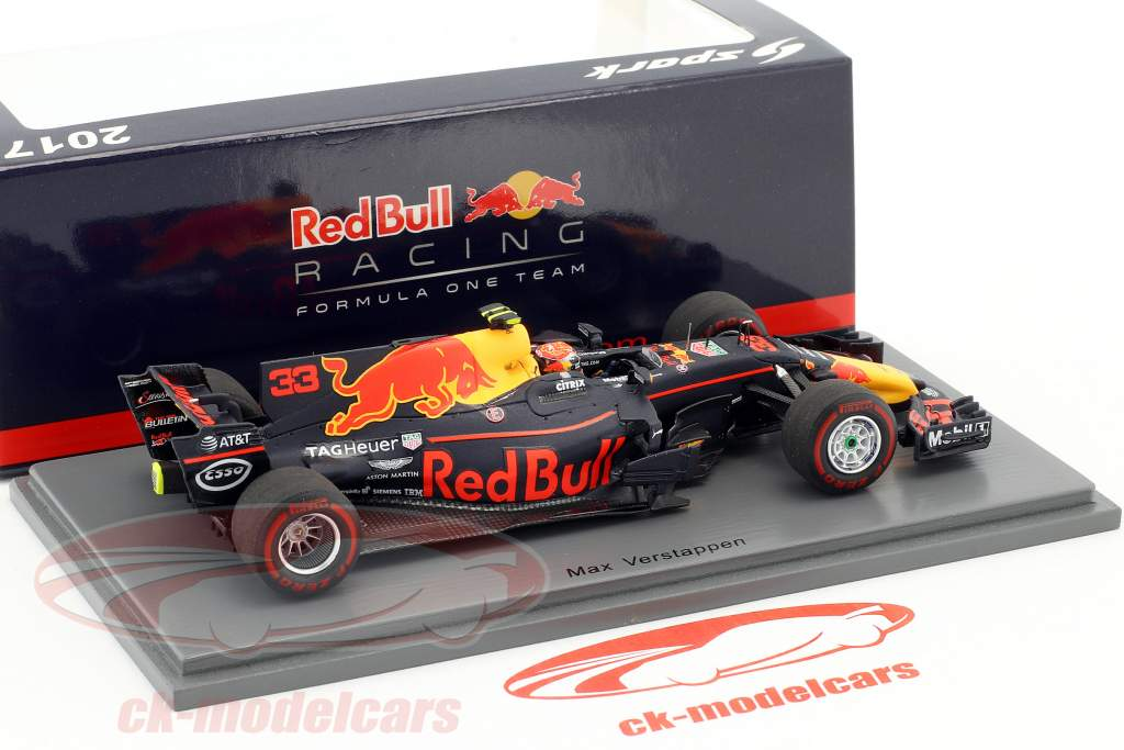 Max Verstappen Red Bull RB13 #33 gagnant Malaisie GP formule 1 2017 1:43 Spark