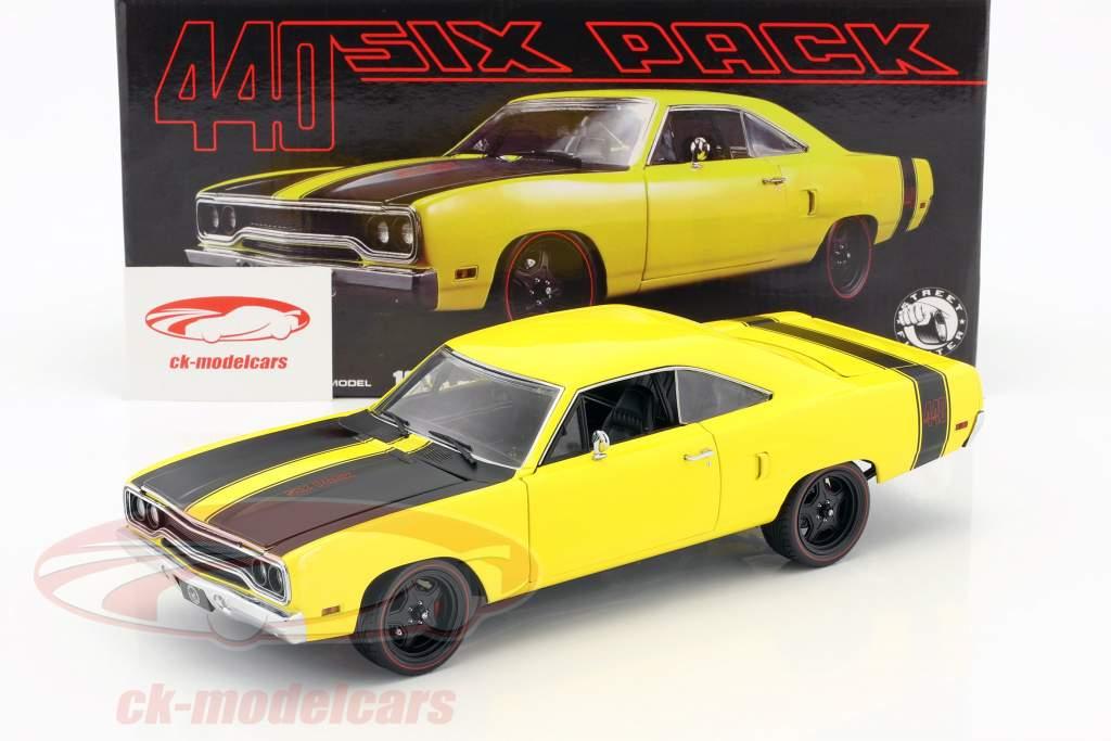 Plymouth Road Runner Street Fighter anno di costruzione 1970 giallo / nero 1:18 GMP