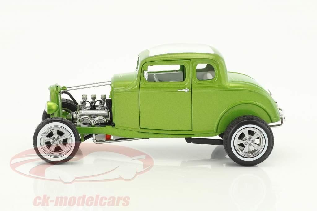 Custom Ford Hot Rod Gas Monkey year 1932 green metallic 1:18 Greenlight