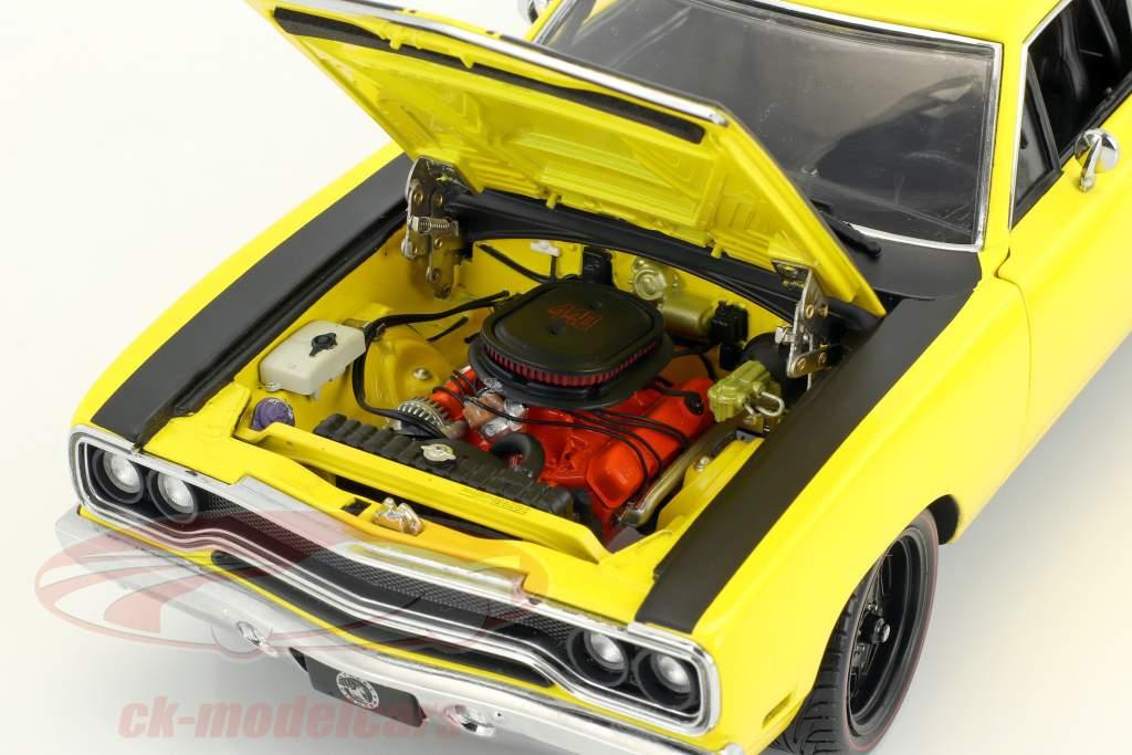 Plymouth Road Runner Street Fighter Baujahr 1970 gelb / schwarz 1:18 GMP