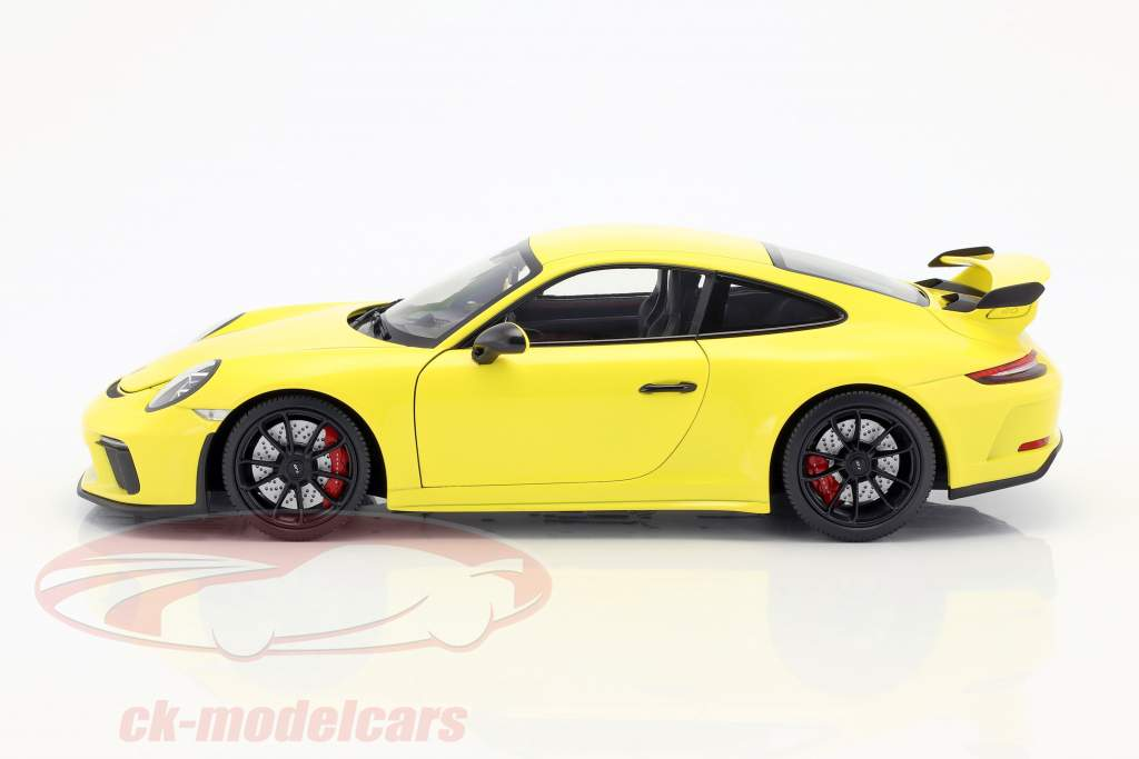 Porsche 911 (991 II) GT3 year 2018 racing yellow 1:18 Minichamps