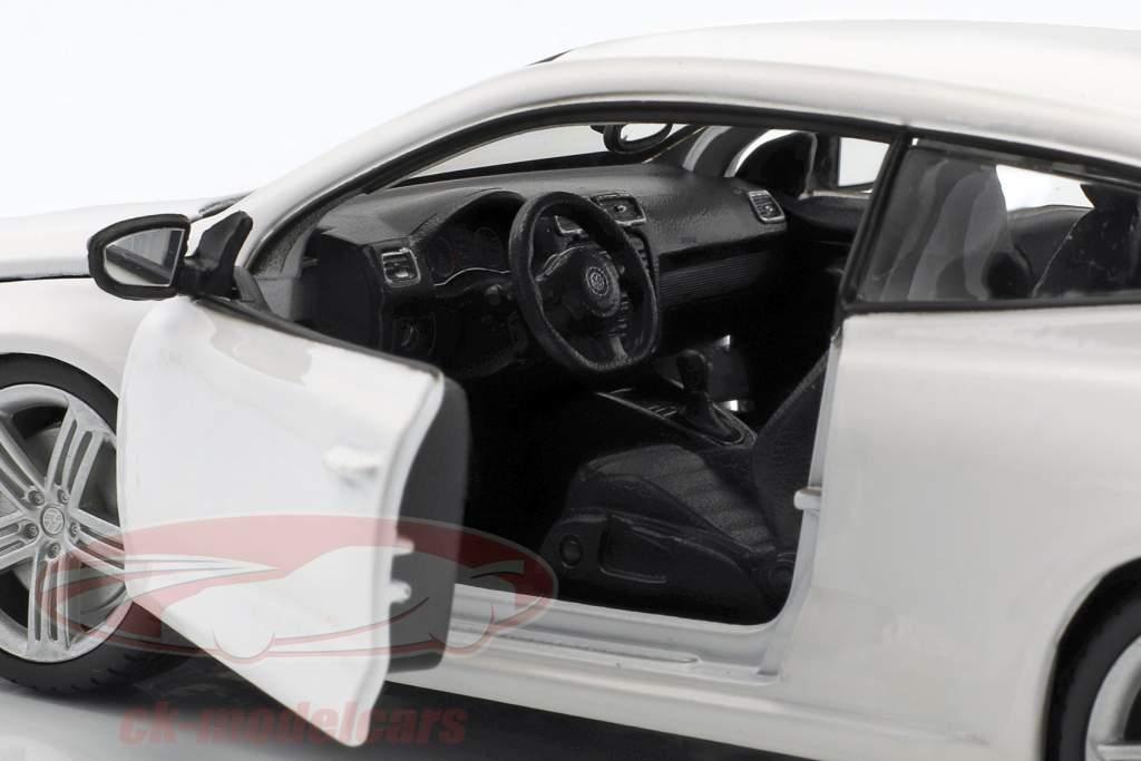 Volkswagen VW Scirocco R Baujahr 2009 weiß 1:24 Bburago