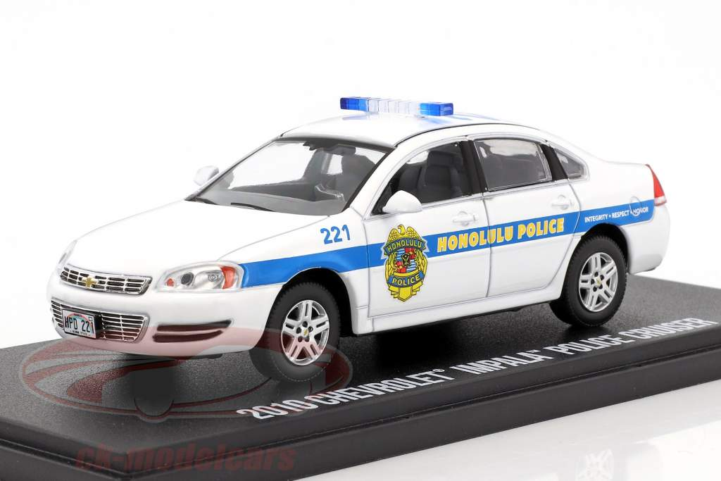 Chevrolet Impala police Cruiser NYPD 2010 TV series Hawaii Five-O white / blue 1:43 Greenlight