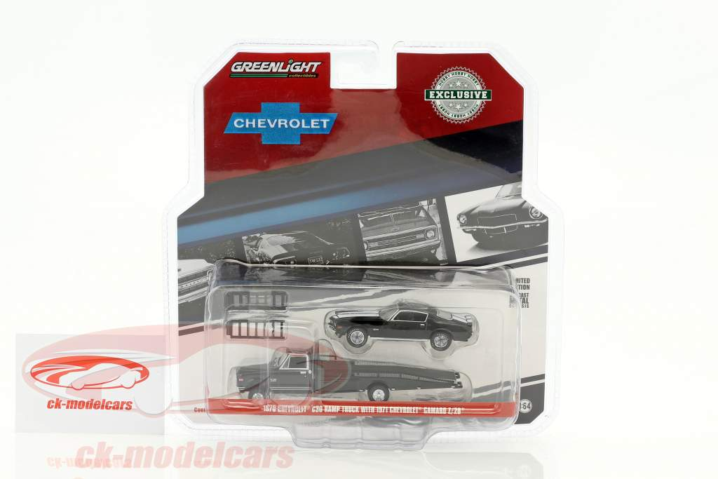 Chevrolet C30 Ramp Truck 1970 with Chevrolet Camaro Z/28 1971 black 1:64 Greenlight