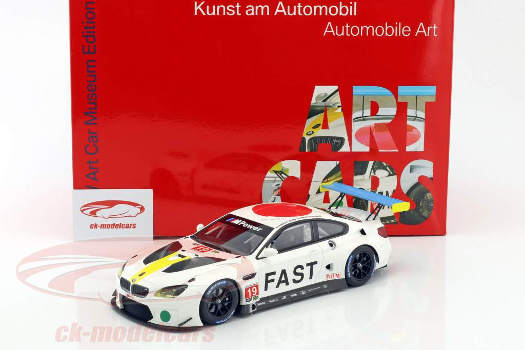 BMW M6 GTLM #19 Art Car John Baldessari avec vitrine 1:18 Kyosho