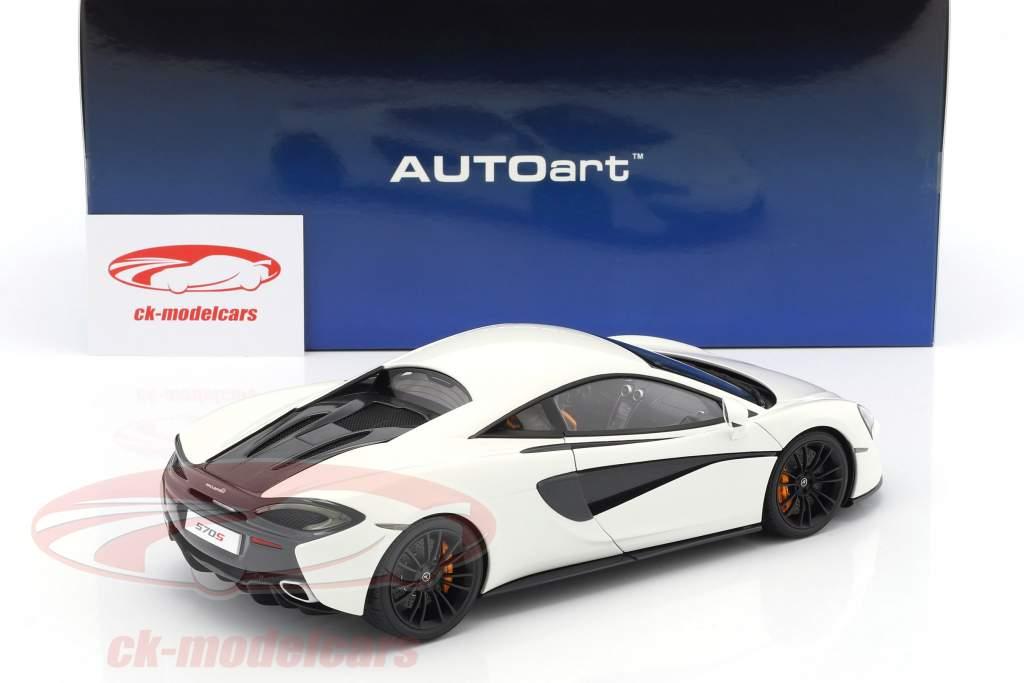 McLaren 570S year 2016 white with black wheels 1:18 AUTOart