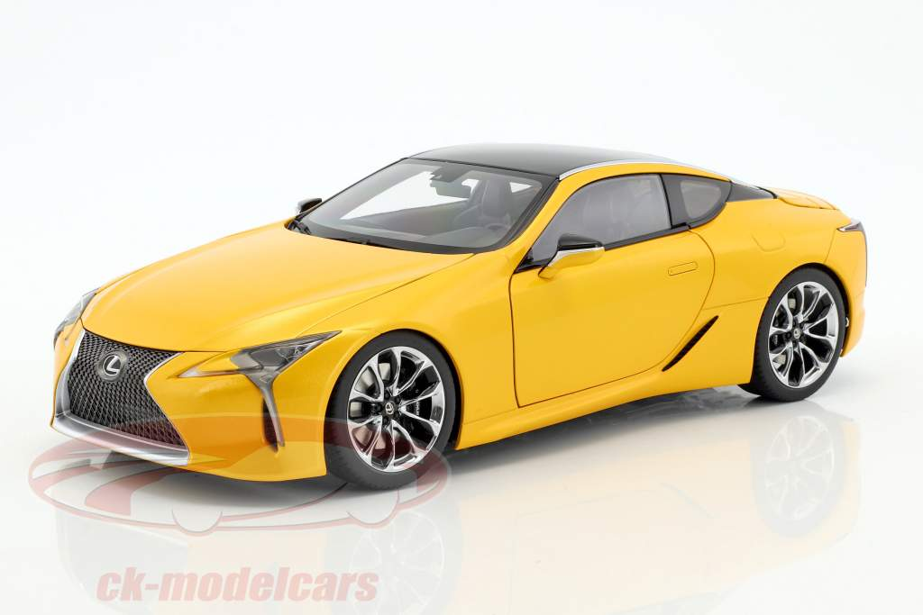 Lexus LC 500 yellow metallic 1:18 AUTOart