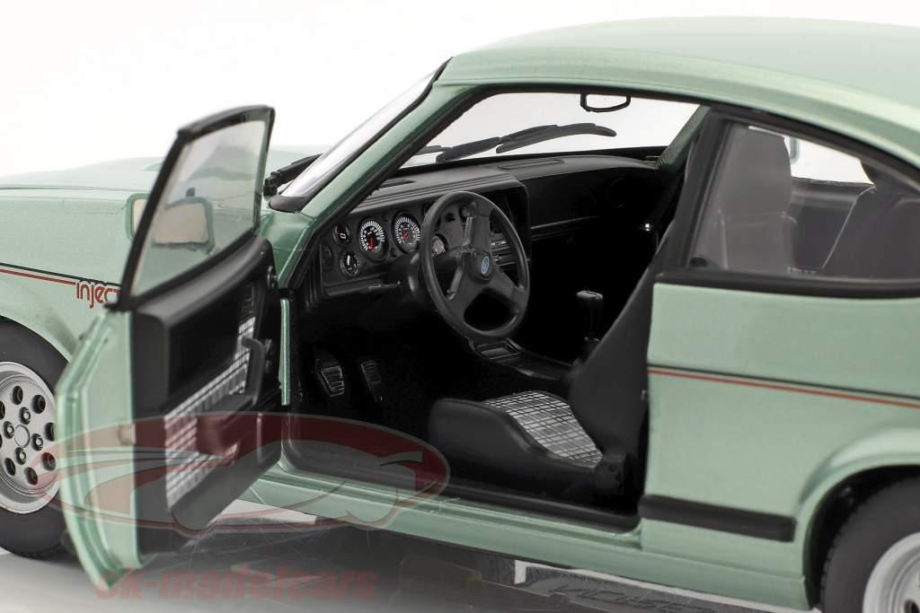 Ford Capri Mk III 2.8 Injection anno di costruzione 1982 luce verde metallico 1:18 Norev