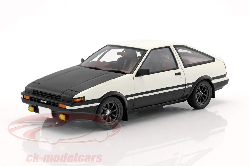 Toyota Sprinter Trueno (AE86) Project D Final Version bianco / nero 1:18 AUTOart